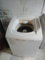 Título do anúncio: Máquina de Lavar e Centrifugar Roupa 10kg Brastemp sem defeitos funcionando perfeita