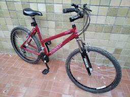 Bicicleta Feminina Aro 26 / 18 vel.