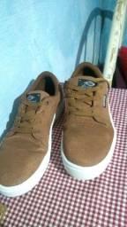 Sapato semi-novo masculino