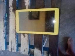 Vende-se um tablet Multilaser ou troco em celular