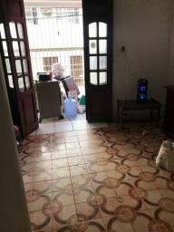 Divido casa com mulher aqui em camaragibe no centro