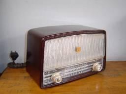Radio Philips antigo valvulado caixa de baquelite Funcionando