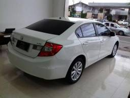 Honda/Civic Sedan LXS 1.8 Flex Mecânico - 2014