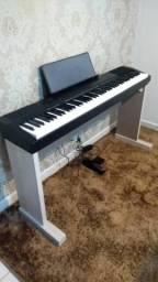 Suportes de madeira pra piano eletrico