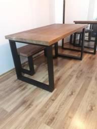 Mesas de jantar, ferro e madeira maciça!