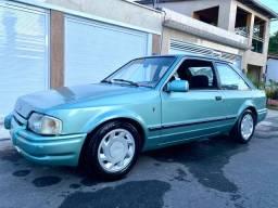 Escort Ghia 1988