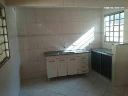 Vend ou troca casa Ourinhos SP 165.000 troca po casa chácar em Campinas próx d Sorocaba