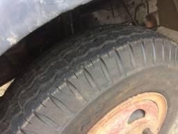 Caminhão 1113 truck Bau