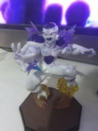 Action figure freeza