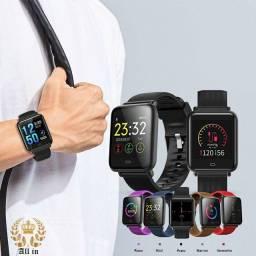 Relógio Smartwatch Q9 à prova D'água (compatível com Iphone e Android)