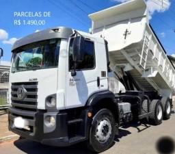 Título do anúncio: VW Constellation 24.280 2018 Caçamba com Contrato de Serviço Fixo em Palma Sola