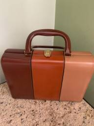 Título do anúncio: Bolsa/maleta vintage