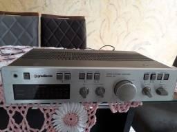 Título do anúncio: Gradiente M-166 Excelente Amplificador da Gradiente modelo 166