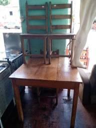 Mesa madeira maciça com 4 cadeiras - Reis