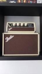 Amp. Fender mini tone