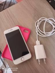 iPhone 8 Semi Novo- 64GB