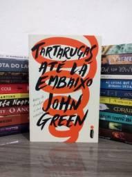 Livro - Tartarugas até lá embaixo (John Green)