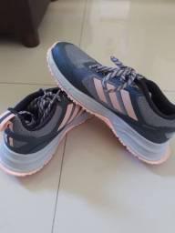 Tênis Adidas feminino 35