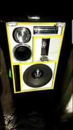 Título do anúncio: Caixa BOB (portátil) - 1200 rms com Bluetooh