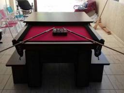 Mesa com Tecido Vermelho Cor Imbuia Borda Preta (4 pés) Residencial Mod EUSH1212