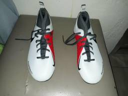 9bd20e3b26e1d Chuteira da Nike número 36 nova na garantia!