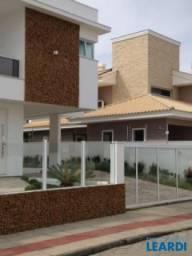 Casa à venda com 3 dormitórios em Campeche, Florianópolis cod:546991