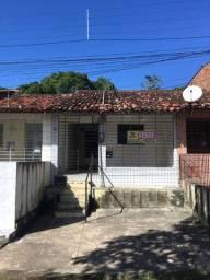 Casa com 3 quartos, no Centro de Paulista, próximo ao Shopping