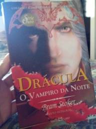 Livro Drácula O Vampiro da Noite de Bram Stoker