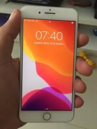 IPhone 8 Plus 64 gb, estado de zero . Aceito cartão de crédito. SOMENTE VENDA