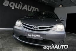 Toyota Etios Hatch XS 1.3 16V Flex 4 Portas 2013 - 2013