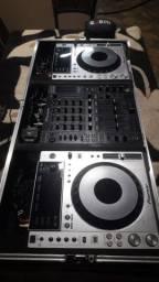Par CDJ pioneer 850 + mixer DJM 2000 pioneer + Case