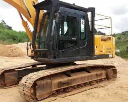 Escavadeira hidráulica 210 ano 2012