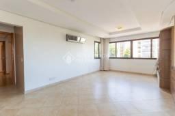 Apartamento para alugar com 3 dormitórios em Petrópolis, Porto alegre cod:242880