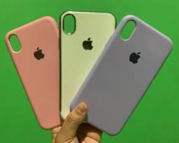 Vendo 3 capinhas iPhone XR R$ 50,00
