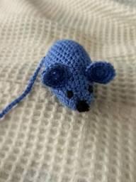 Rato de brinquedo em crochê