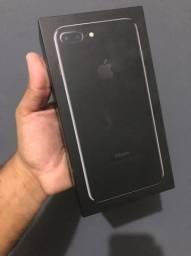 IPhone 7 Plus 32GB Preto Brilhante - SEMI-NOVO - Aceito cartão sem juros