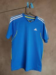 Camiseta Adidas Top (tam P)