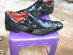 Vendo sapato da Calveste n42 de couro