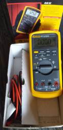 Multimetro fluke 88v novo
