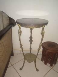 Floreira/ mesa de canto em bronze