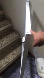 Portão de escada.