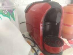 Título do anúncio: Cafeteira Expresso Mimo Vermelha Três Corações 110V