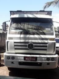 Vendo caminhão - 2001
