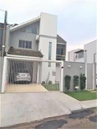 Triplex 03 dormitórios sendo 01 suite, no bairro Recanto Tropical em Cascavel-PR