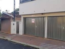 Alugo sobrado em Brodowski 3 quartos, 2 banheiros R$ 750,00