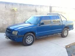 S10 - COLINA Cab Dupla 4X4 Diezel 2005 R$ 32.000 - 2005