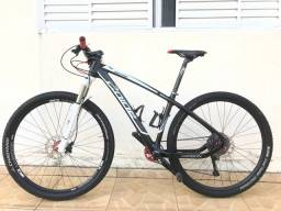 Bike Carbono aro 29