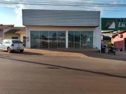 Av 25 de agosto alugo prédio comercial Rolim de Moura