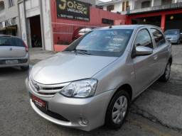 Etios Hatch X 1.3 Flex 16V 5p Mec. - 2017