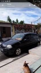 Carro Clio - 2005